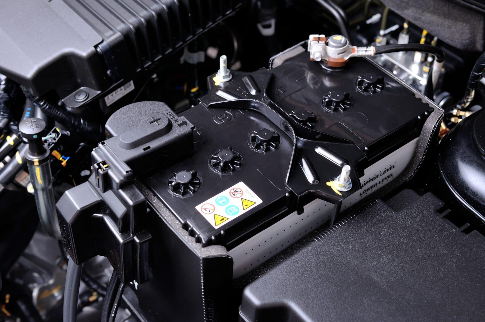 Comment savoir s'il faut changer la batterie de voiture ?