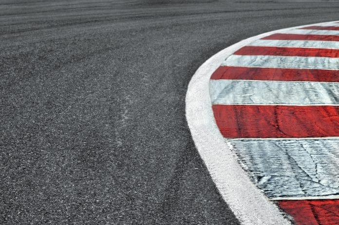 Stage de pilotage : comment rouler sur un circuit ?
