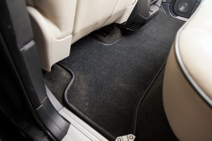 Pourquoi utiliser un tapis de voiture ?