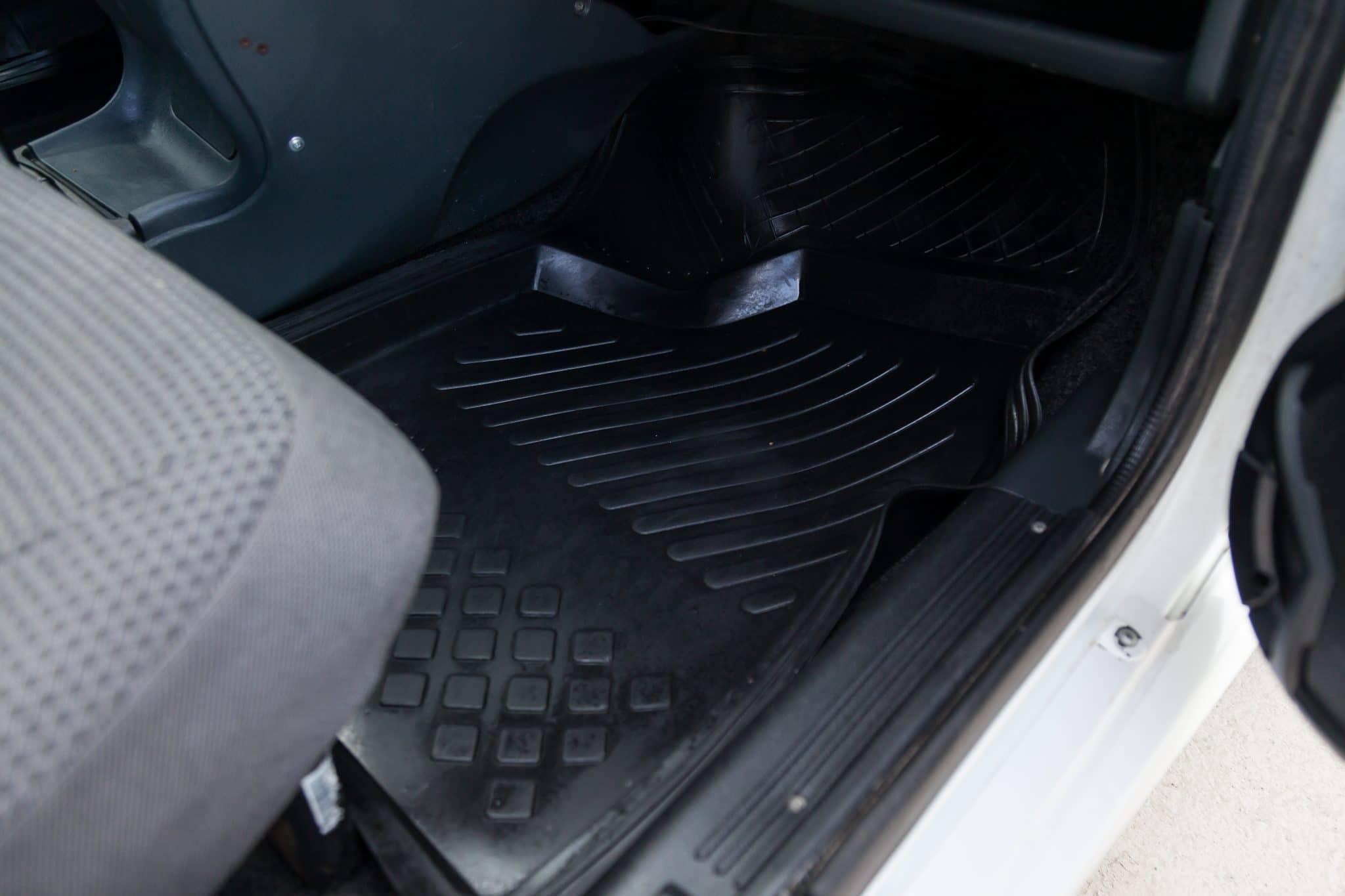 Un tapis de voiture : à quoi ça sert ?